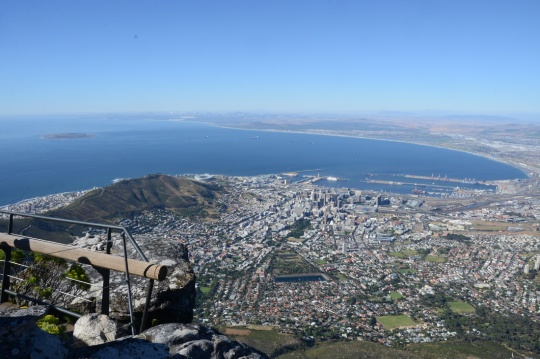 S2832 - View over Cape Town from Table Mountain